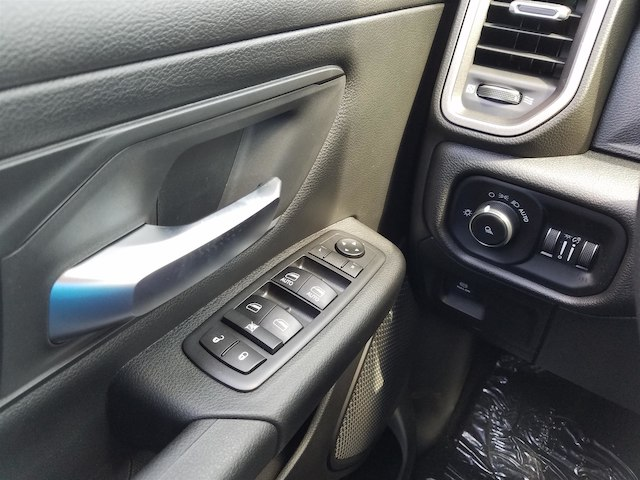 2019 Ram 1500 Crew Cab 4x2,  Pickup #19198 - photo 22