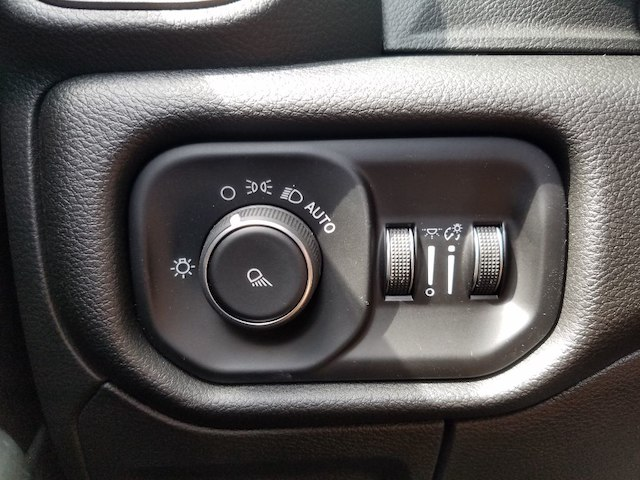 2019 Ram 1500 Crew Cab 4x2,  Pickup #19200 - photo 22