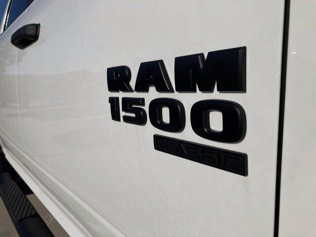 2020 Ram 1500 Crew Cab 4x4, Pickup #20080-1 - photo 13