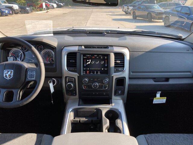 2020 Ram 1500 Crew Cab 4x4, Pickup #20080-1 - photo 24