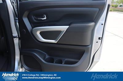 2017 Nissan Titan Crew Cab 4x4, Pickup #20231-1B - photo 36