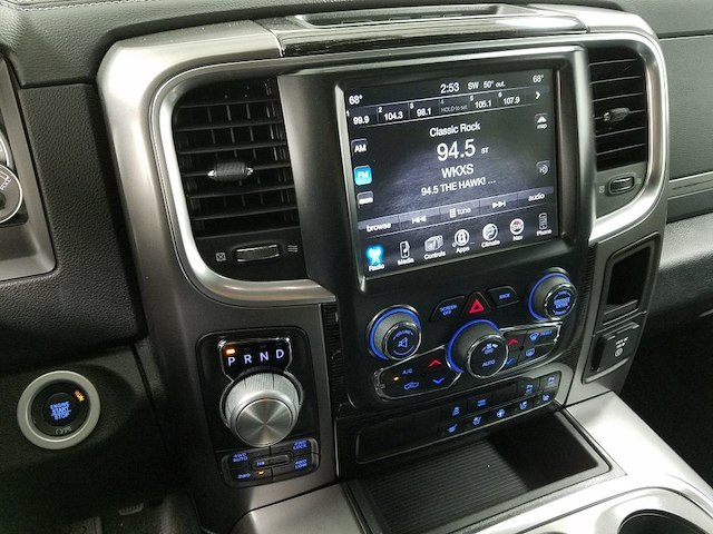 2017 Ram 1500 Crew Cab 4x4, Pickup #5740 - photo 18