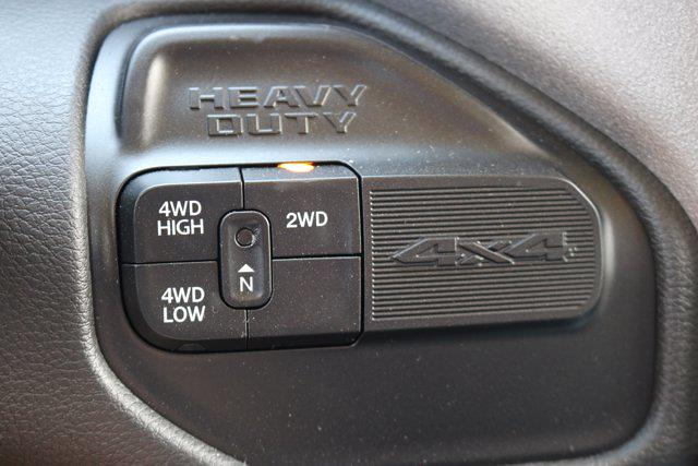 2020 Ram 5500 Crew Cab DRW 4x4, Cab Chassis #L53400 - photo 30