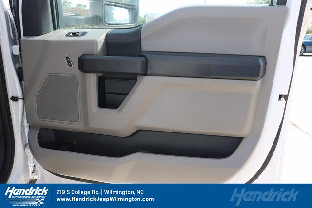2019 Ford F-550 Regular Cab DRW 4x4, Service Body #M26645A - photo 35