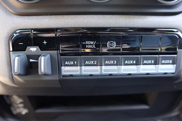2021 Ram 3500 Crew Cab DRW 4x4, Cab Chassis #M41217 - photo 31