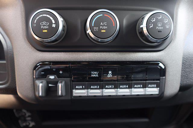 2021 Ram 3500 Crew Cab DRW 4x4,  Cab Chassis #CM73354 - photo 28
