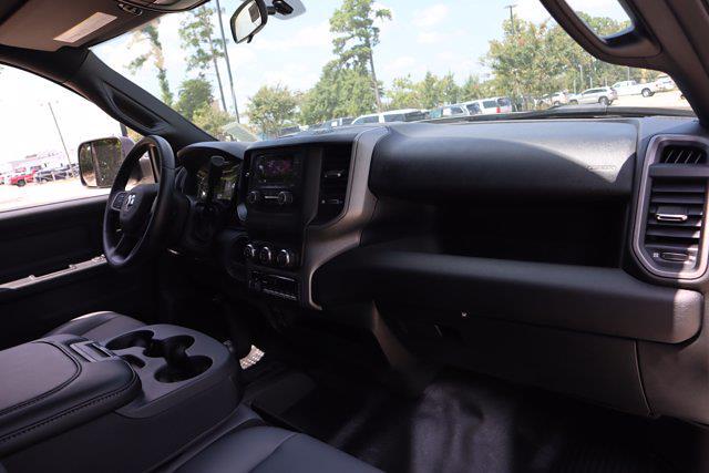 2021 Ram 3500 Crew Cab DRW 4x4,  Cab Chassis #CM73354 - photo 30