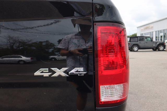 2021 Ram 1500 Classic Crew Cab 4x4, Pickup #M75654 - photo 10