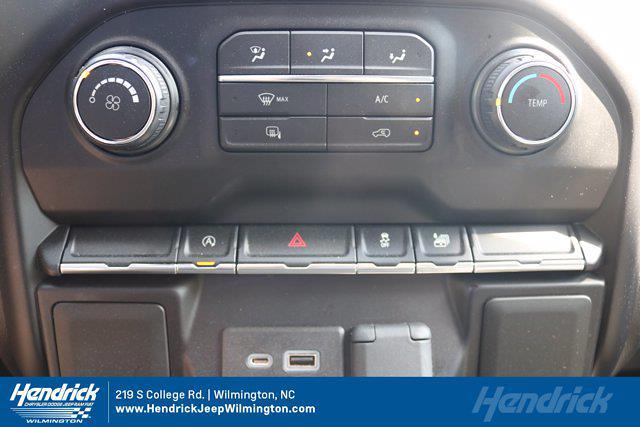 2020 Chevrolet Silverado 1500 Crew Cab 4x4, Pickup #P20278 - photo 18