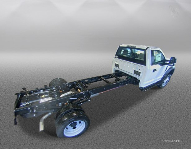 2018 F-550 Regular Cab DRW 4x4,  Cab Chassis #F181162 - photo 2