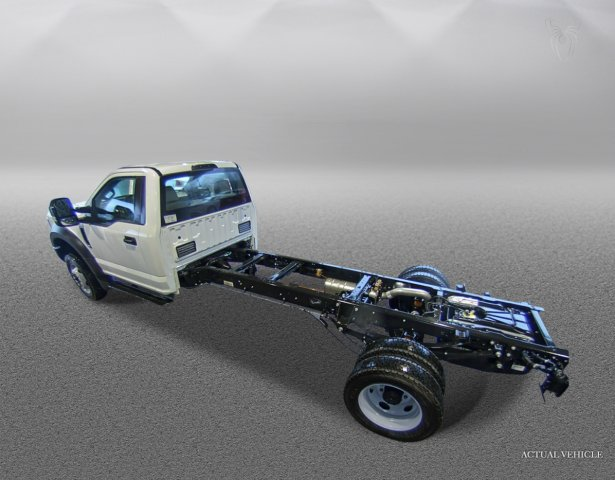 2018 F-550 Regular Cab DRW 4x4,  Cab Chassis #F181162 - photo 4