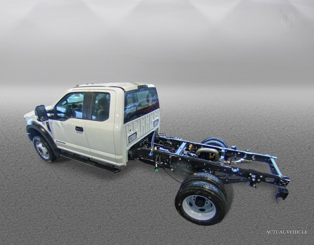 2018 F-550 Super Cab DRW 4x2,  Cab Chassis #F181361 - photo 4