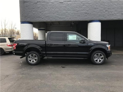 2018 F-150 Crew Cab 4x4, Pickup #F18205 - photo 3