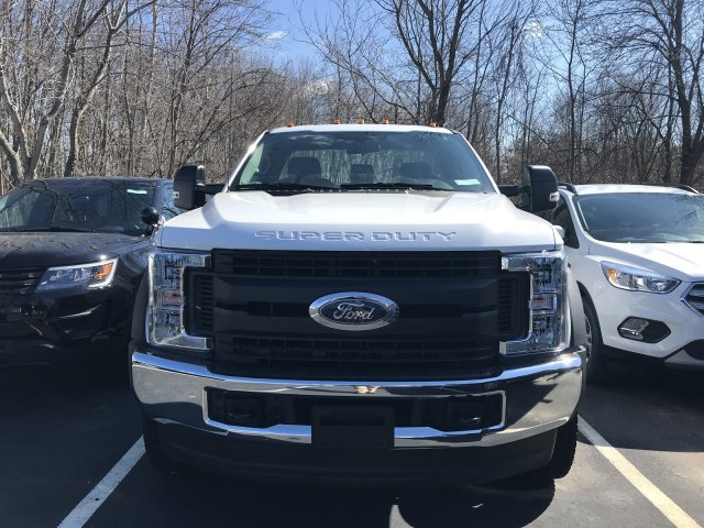 2018 F-550 Regular Cab DRW 4x4, Cab Chassis #F18556 - photo 4