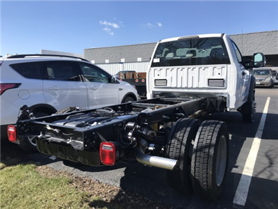 2018 F-550 Regular Cab DRW 4x4, Cab Chassis #F18556 - photo 2