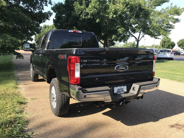 2018 F-350 Crew Cab 4x4,  Pickup #F18986 - photo 11