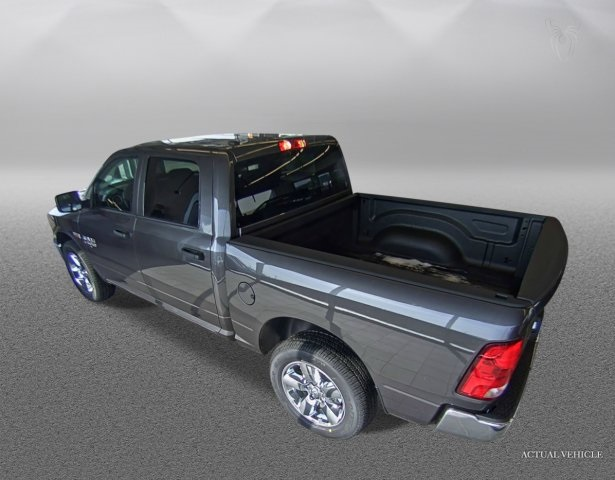 2019 Ram 1500 Crew Cab 4x4,  Pickup #DR19110 - photo 4
