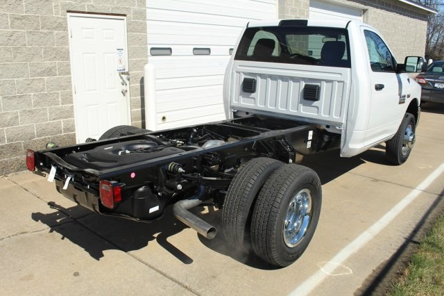 2017 Ram 3500 Regular Cab DRW 4x4, Cab Chassis #DR7199 - photo 6