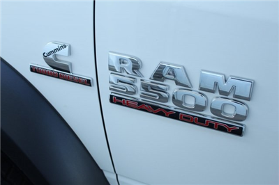 2017 Ram 5500 Crew Cab DRW 4x4 Cab Chassis #DR7237 - photo 9