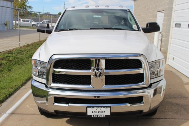 2017 Ram 3500 Regular Cab DRW, Cab Chassis #DR7247 - photo 4