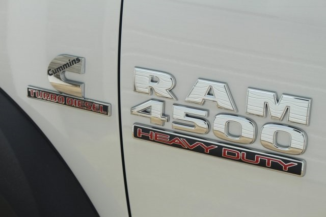 2017 Ram 4500 Regular Cab DRW Cab Chassis #DR7275 - photo 17