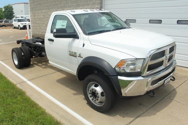 2017 Ram 4500 Regular Cab DRW, Cab Chassis #DR7283 - photo 3