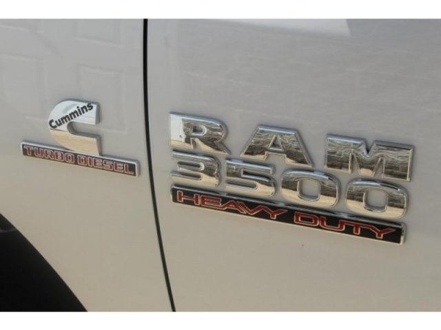 2017 Ram 3500 Regular Cab DRW 4x4, Cab Chassis #DR7327 - photo 9
