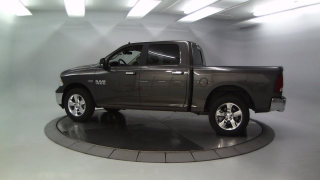 2017 Ram 1500 Crew Cab 4x4 Pickup #DR7329 - photo 6