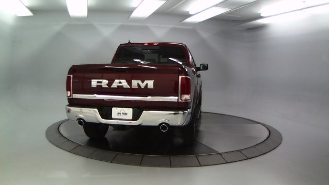 2017 Ram 1500 Crew Cab 4x4 Pickup #DR7368 - photo 8