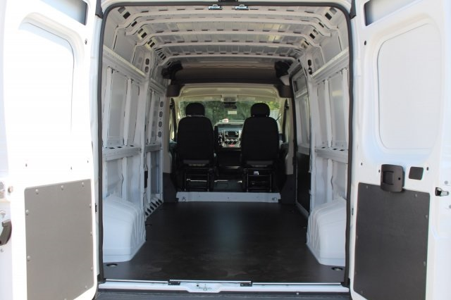 2018 ProMaster 3500 Cargo Van #DR8001 - photo 2