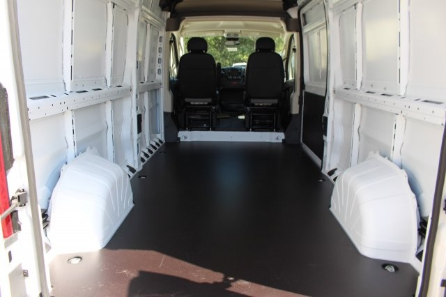 2018 ProMaster 3500 Cargo Van #DR8002 - photo 2