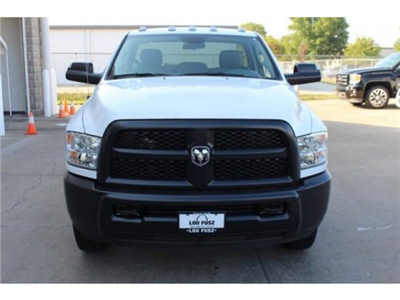 2018 Ram 3500 Regular Cab DRW 4x4, Cab Chassis #DR8017 - photo 4