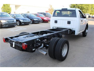 2018 Ram 3500 Regular Cab DRW 4x4, Cab Chassis #DR8017 - photo 6