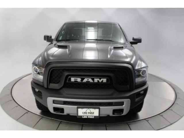 2018 Ram 1500 Crew Cab 4x4, Pickup #DR8022 - photo 4