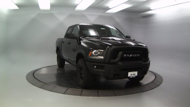 2018 Ram 1500 Crew Cab 4x4 Pickup #DR8024 - photo 11