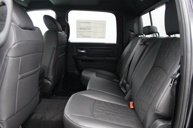 2018 Ram 1500 Crew Cab 4x4 Pickup #DR8024 - photo 17