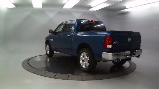 2018 Ram 1500 Crew Cab 4x4 Pickup #DR8033 - photo 2