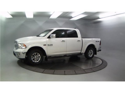 2018 Ram 1500 Crew Cab 4x4, Pickup #DR8040 - photo 1