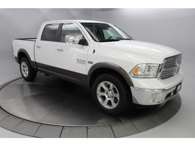 2018 Ram 1500 Crew Cab 4x4,  Pickup #DR8042 - photo 1