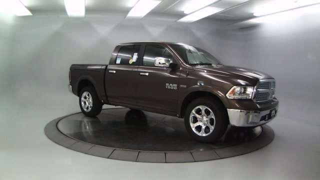 2018 Ram 1500 Crew Cab 4x4 Pickup #DR8061 - photo 1