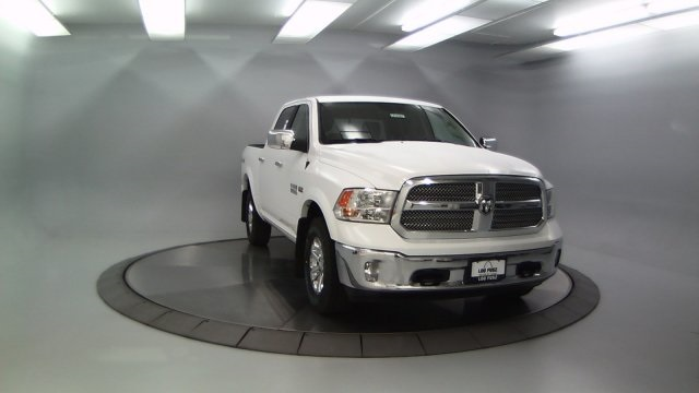 2018 Ram 1500 Crew Cab 4x4 Pickup #DR8087 - photo 4