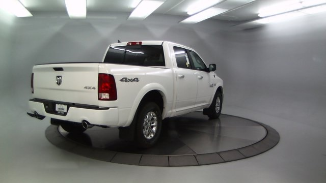 2018 Ram 1500 Crew Cab 4x4 Pickup #DR8087 - photo 8