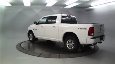 2018 Ram 1500 Crew Cab 4x4 Pickup #DR8087 - photo 2