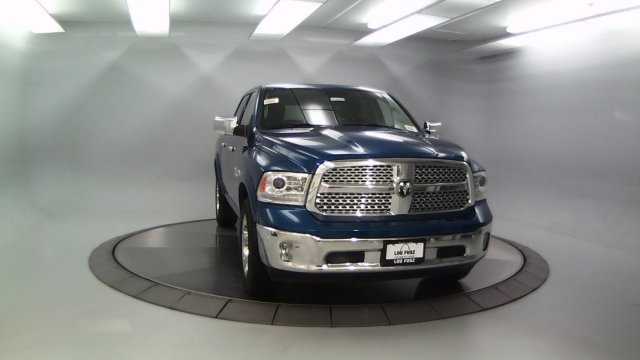 2018 Ram 1500 Crew Cab 4x4, Pickup #DR8090 - photo 3