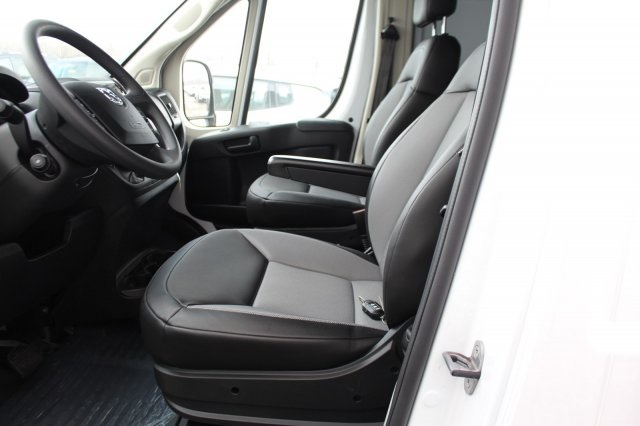 2018 ProMaster 2500, Cargo Van #DR8099 - photo 7