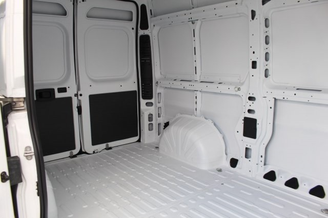 2018 ProMaster 2500, Cargo Van #DR8099 - photo 9