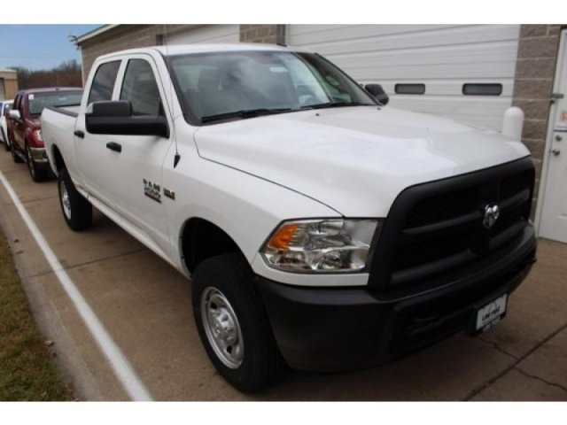 2018 Ram 2500 Crew Cab 4x4, Pickup #DR8100 - photo 2