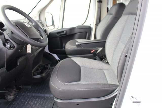 2018 ProMaster 3500, Cutaway #DR8111 - photo 10