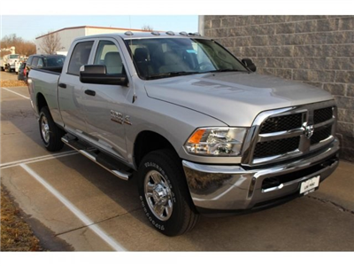 2018 Ram 2500 Crew Cab 4x4, Pickup #DR8147 - photo 2
