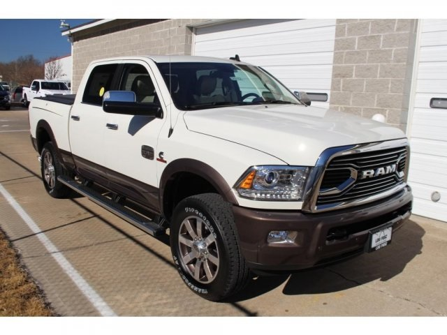 2018 Ram 2500 Crew Cab 4x4, Pickup #DR8162 - photo 2
